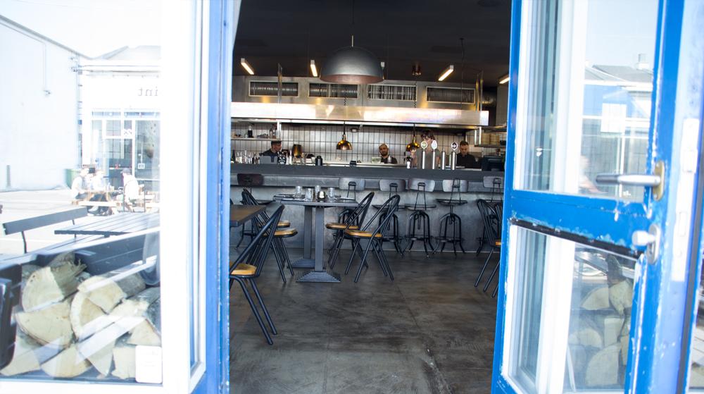 Cafe2B4